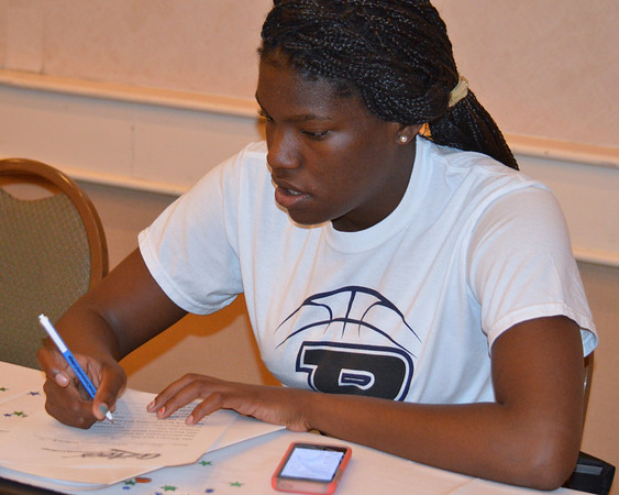 2014 Pima womens hoops signing day