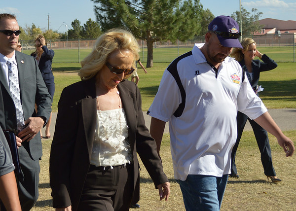 2013 Sunnyside LittleLeague Jan Brewer